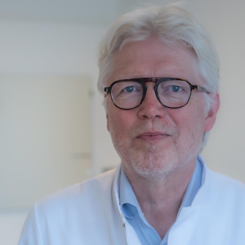 Dr. P. Velthuis
